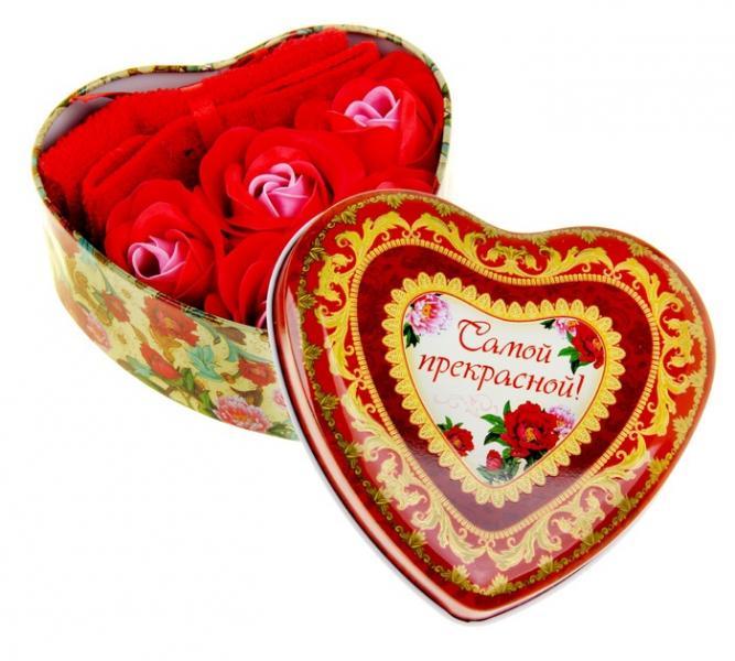 """Набор мыльные лепестки 5 шт + полотенце красное в шкатулке сердце большом """"Самой прекрасной"""" 320865"""