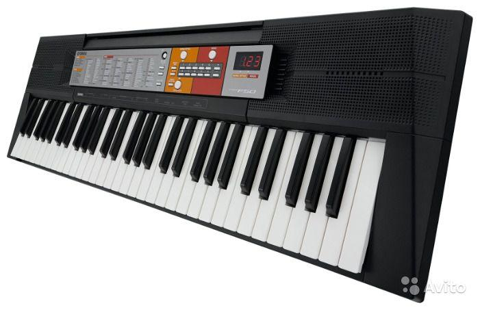 Гра на фортепіано (синтезатор)