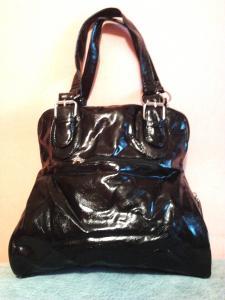 Фото Женские сумки Удобная женская сумка черная