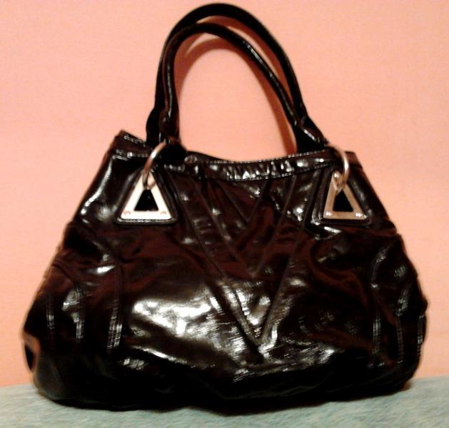 Удобная дамская сумка