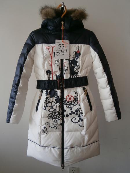 Пальто девочки Kiko 3751