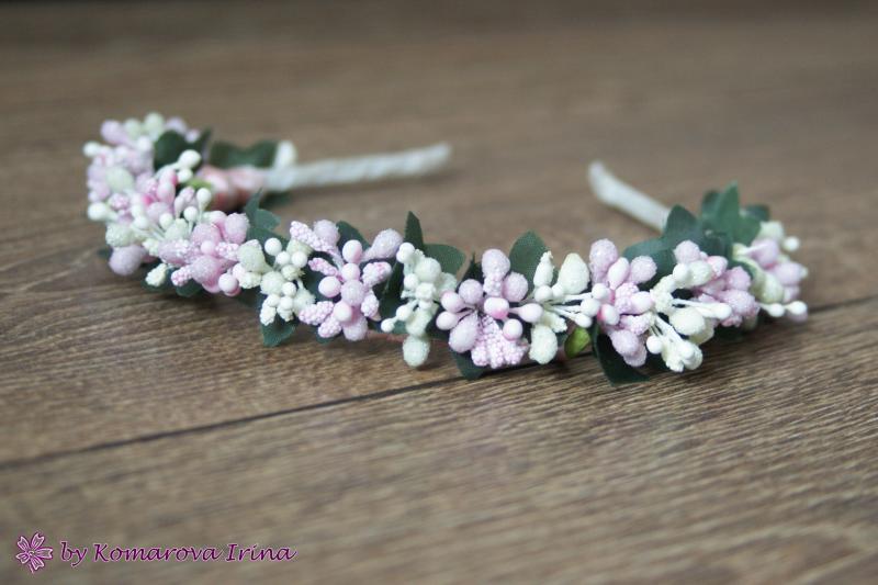 Нежный розово-ванильный ободок