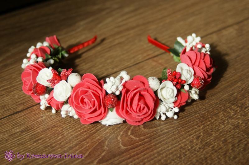 Красно-белый ободок с розами