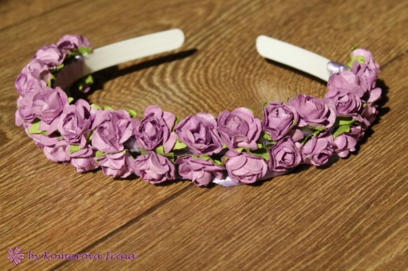 Фиолетовый ободок из мелких розочек