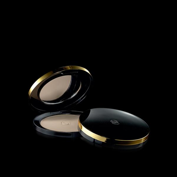 (32057)Компактная минеральная пудра Giordani Gold