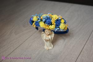 Фото Ободки с цветами Асимметричный ободок с синими и жёлтыми розочками