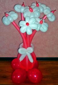 Фото Цветы из шариков букет из 7ми цветков