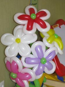 Фото Цветы из шариков Букет цветов из 5 цветков