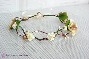 Фото Веночки с цветами Веночек на голову из розочек и цвета яблони в бежевом цвете