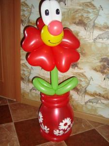 Фото Фигурки из шаров Цветок