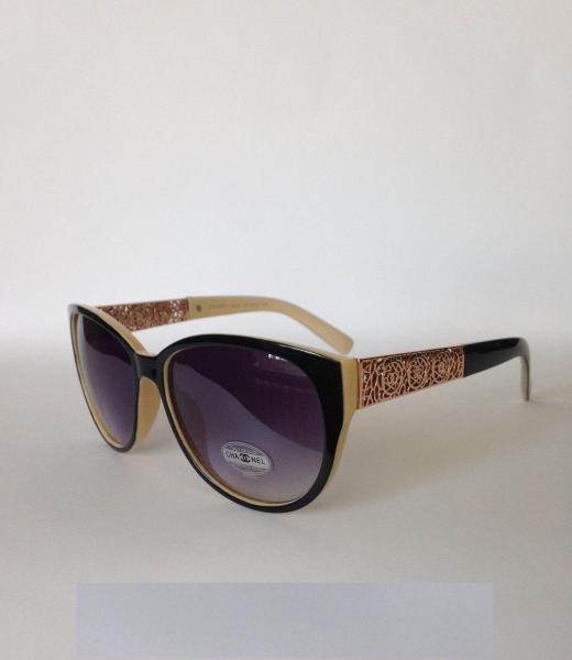 0003  Женские солнцезащитные очки Chanel  черные