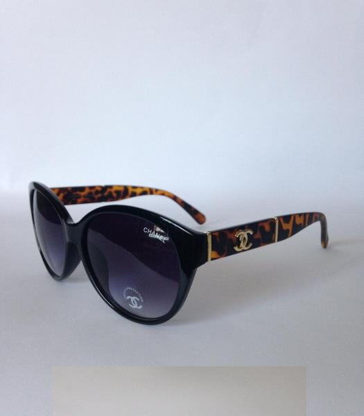 0008  Женские солнцезащитные очки Chane