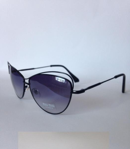 0025  Женские солнцезащитные очки Miu Miu