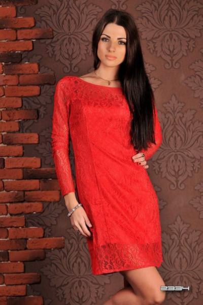 Платье женское нарядное гипюровое короткое красное 3327