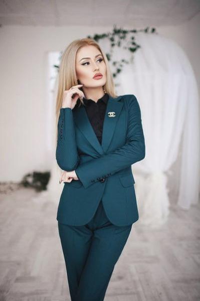 """Костюм женский """"Шанель"""" пиджак и брюки в расцветках 8246"""