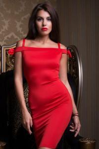Фото Платья, Вечерние платья Вечернее платье со спущенными бретелями