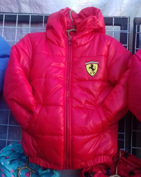 Детская деми куртка на мальчика 2-6 лет феррари красная