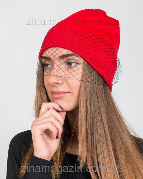 Шапка красная с черной вуалью