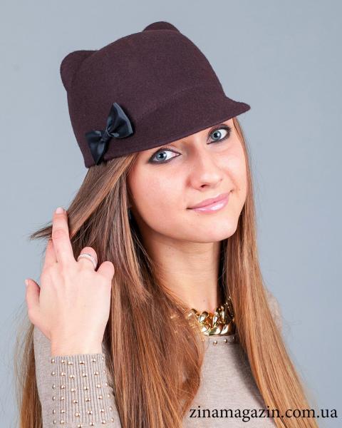 Шляпка с ушками и бантиком (коричневая)