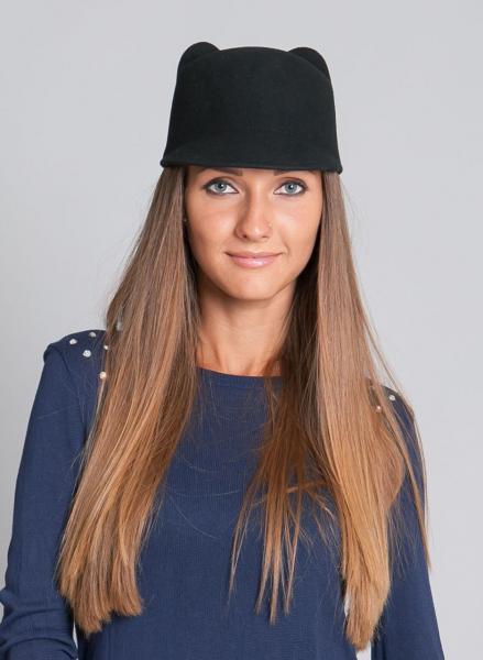 Шляпка с ушками черная