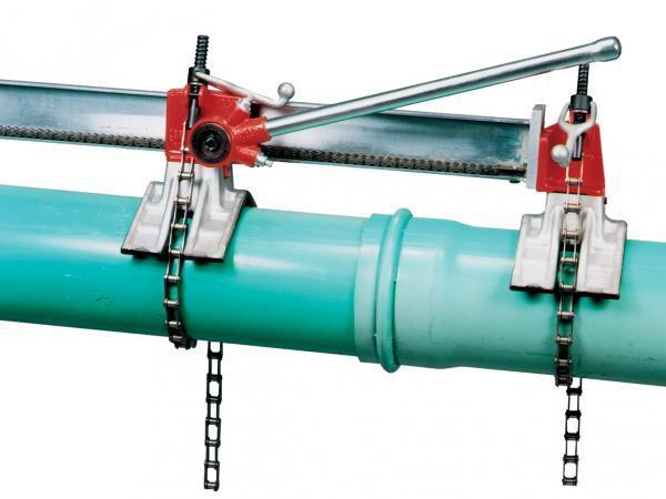 Устройства для соединения пластиковых труб