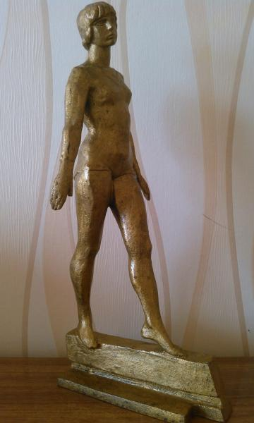Статуэтка Гимнастка