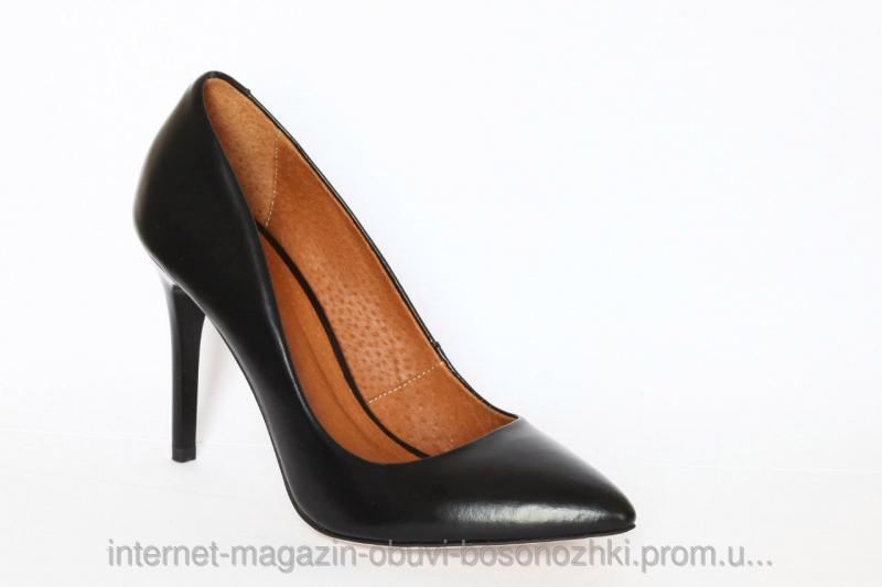 Женские туфли чёрный матовый лак