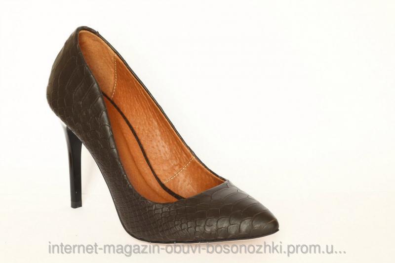 Женские туфли коричневый питон