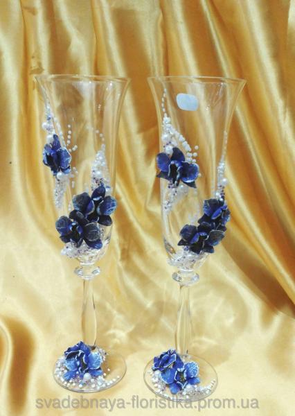 """Свадебные бокалы """"Букет орхидей"""" фиолетовые."""
