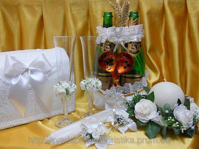 """Свадебные аксессуары в едином стиле """"Белые розы"""""""