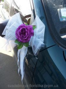 Фото Свадебные украшения на машину Украшения на свадебную машину.