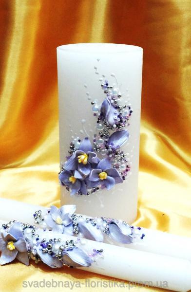 """Свадебные свечи """"Магнолия"""" в сиреневом цвете."""