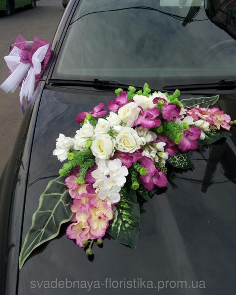 Свадебное украшения на машину.