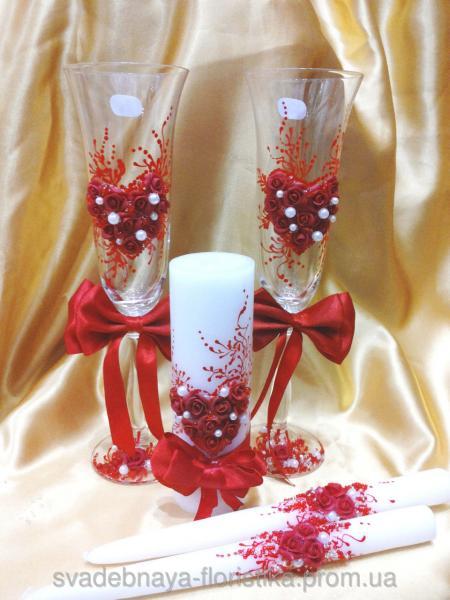 """Свадебный набор """"Сердце с бантом"""" красный."""