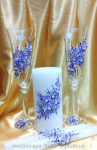 Фото Свадебные аксессуары в едином стиле Свадебные бокалы и свечи