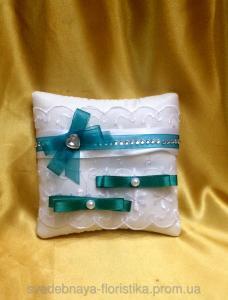 Фото Свадебные подушечки для колец Свадебная подушечка изумрудная.