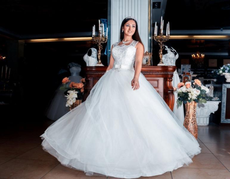 Свадебное платье Беренгария жемчуг