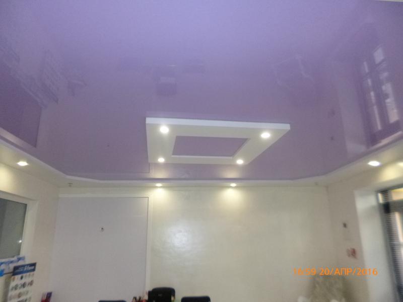 Фиолетовые натяжные потолки