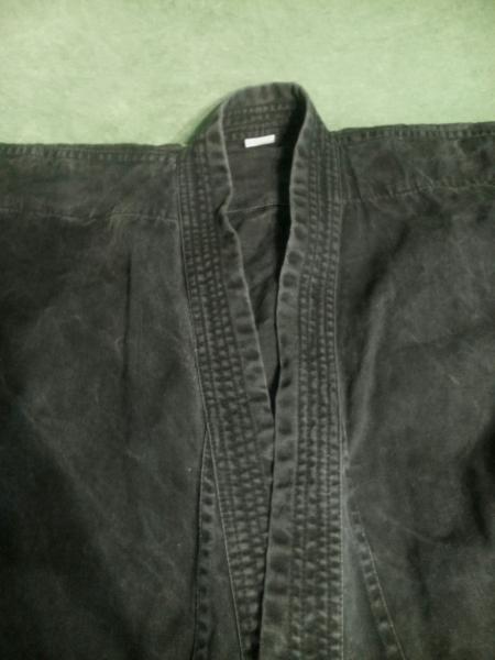 Плотное черное кимоно 120