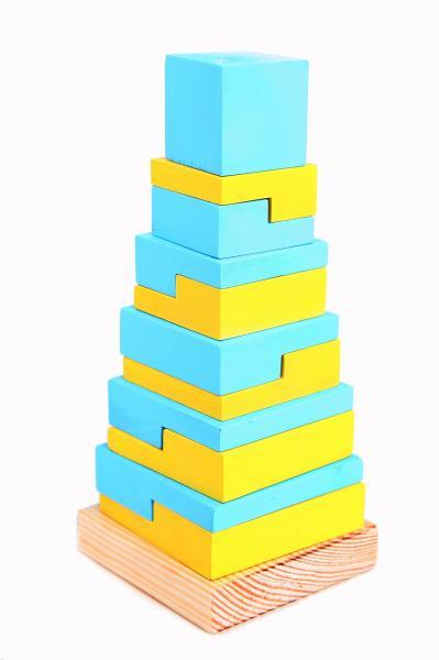 Пирамида деревянная квадрат УКР Руди Д007ау