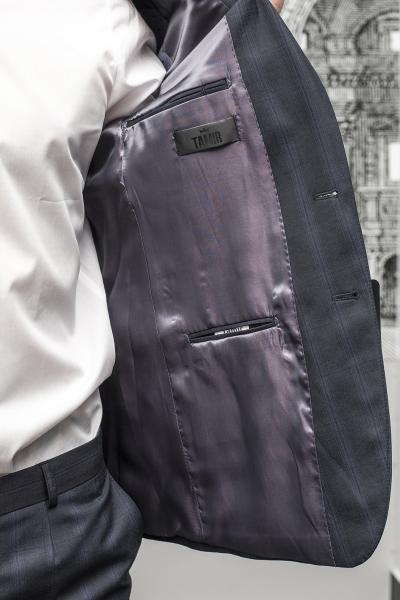 Фото Костюмы Костюм мужской серо-синего цвета с крупной клеткой.