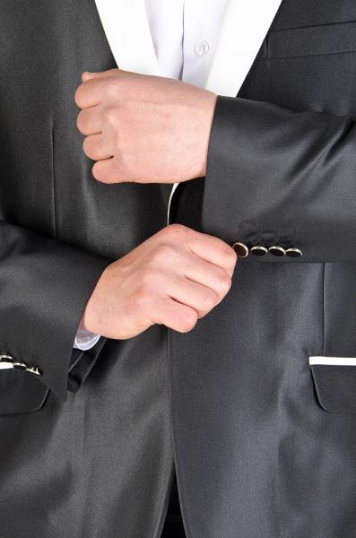 Фото Костюмы Костюм черный с лоском