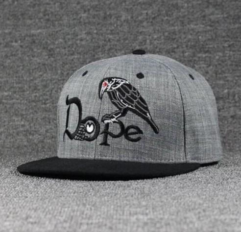 Бейсболка Dope
