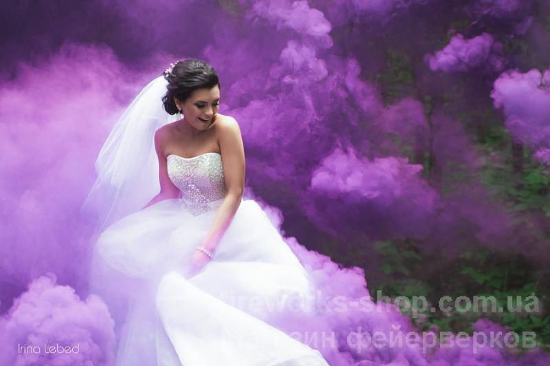 Фото Цветные дымы дым фиолетовый