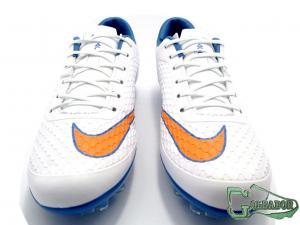 Фото ФУТБОЛЬНАЯ ОБУВЬ, БУТСЫ (КОПЫ) Бутсы (копы) Nike Hypervenom Phelon (0309)