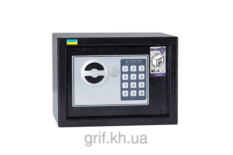 Сейф Мебельный электромеханический Ferocon БС 17 Е 9005