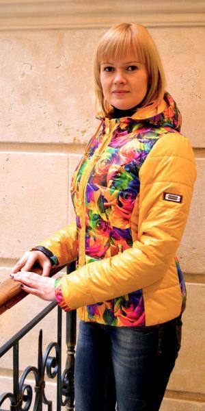 Женская куртка из модной ткани продано   Артикул: 14-35