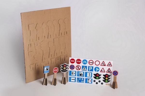 Набір 3Д дорожних знаків з наклейками   Артикул: 01100290