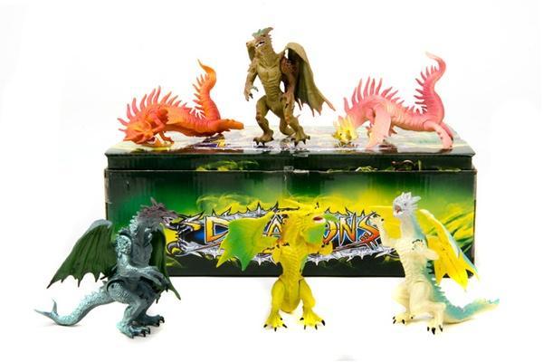 Набір  динозаврів   (коробка 18 шт. ) Q9899-05 р.33х20х10см.   Артикул: 03001655