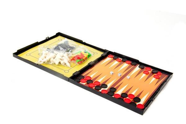 Шашки - шахмати  магніт. 5 в 1 (коробка) 824С р.25,2х25,2х3 см.   Артикул: 06024824